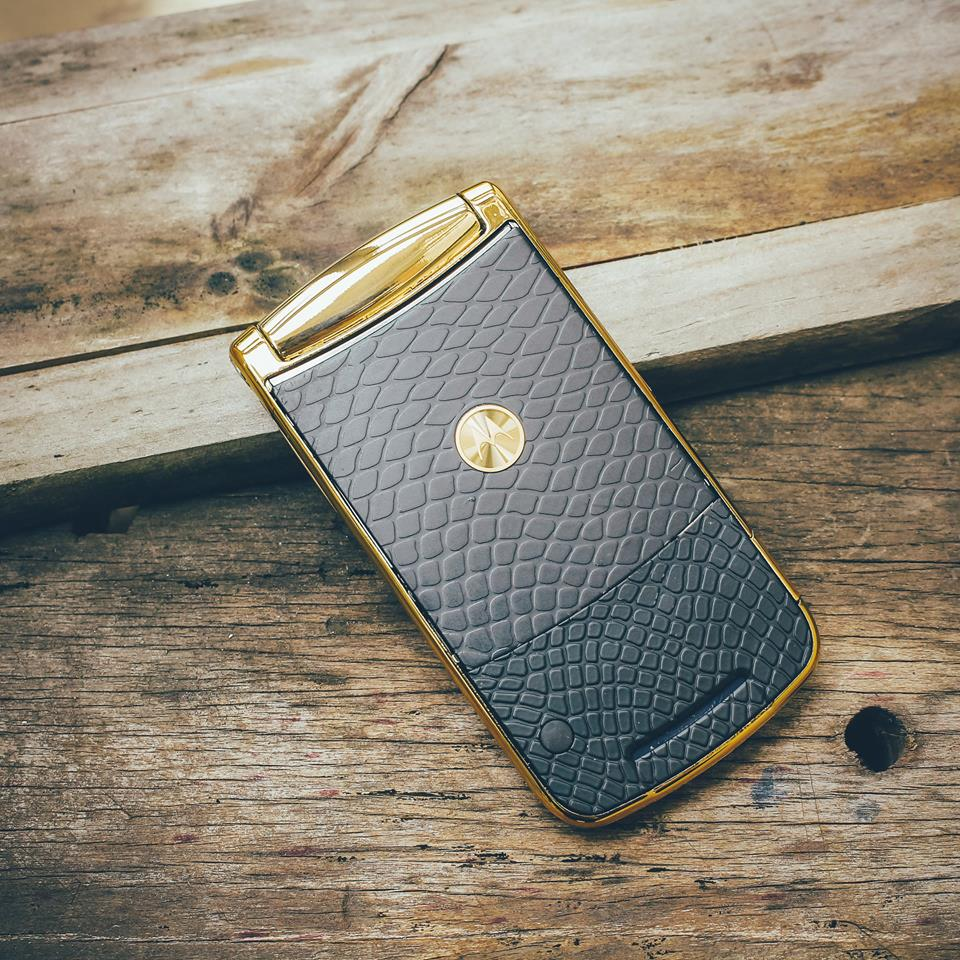 Điện thoại Motorola V3i, V8, V9 nắp gập sang trọng - 10