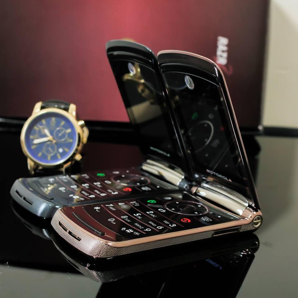 Điện thoại Motorola V3i, V8, V9 nắp gập sang trọng - 22