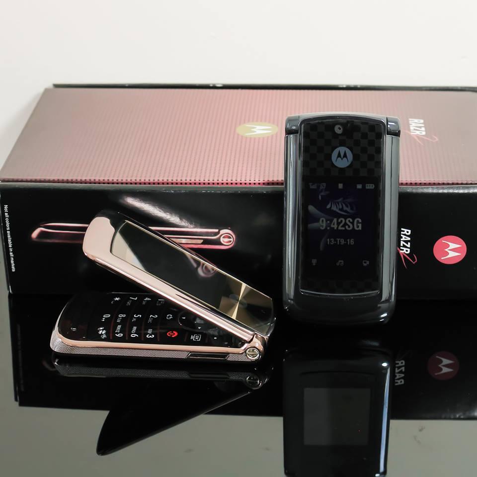 Điện thoại Motorola V3i, V8, V9 nắp gập sang trọng - 24